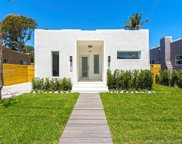 327 Nw 39th St, Miami image
