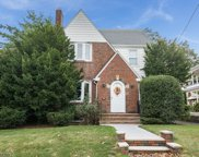 18 SUNNYCREST AVE, Clifton City image