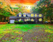 191 Hillcrest Avenue, Wyckoff image