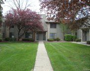 1863 MEADOW DALE, Rochester Hills image