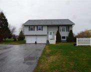 31 Tanglewood Drive, St. Albans Town image