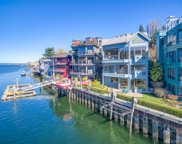 5507 Seaview Ave NW, Seattle image