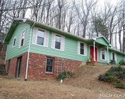 334 Mountain Valley Drive, West Jefferson image