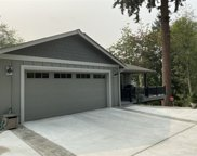 1402 Valley View Dr, Puyallup image
