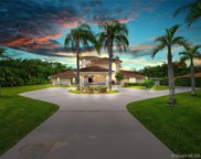 10800 Sw 67th Ave, Pinecrest image