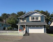 2325 Keel Avenue Nw, Lincoln City image