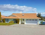 576 Delora  Dr, Colwood image