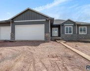 504 N Willow Creek Ave, Sioux Falls image