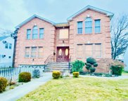 590 Foch  Boulevard, Williston Park image