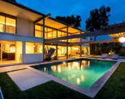 9892 BEVERLY GROVE Drive, Beverly Hills image
