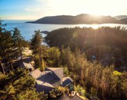 6459 Madrona Crescent, West Vancouver image