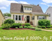 4601 Sherwood Avenue, Downers Grove image