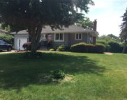 16 Hill  Drive, Smithtown image