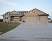 1530 Woodview Lane, Luxemburg image