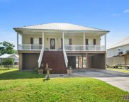 14484 Creekround St, Port Vincent image