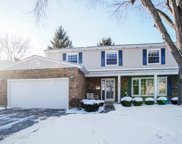 1915 Robinhood Lane, Arlington Heights image