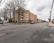 205 Mineola  Boulevard Unit #5J, Mineola image