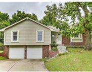 7108 South View, Parkville image