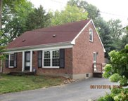 2916 Thistlewood Dr, Louisville image