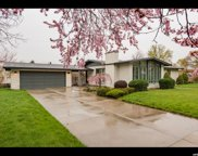 5588 S Indian Rock Dr.  E, Holladay image