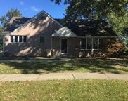336 Crestwood Drive, Roselle image