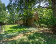 1600 Kehrs Mill, Chesterfield image