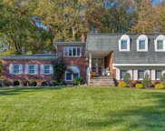 386 Forest Road, Mahwah image