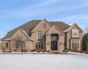 237 Lakeview Drive, Moon/Crescent Twp image