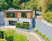 2795  Woodshire Dr, Los Angeles image