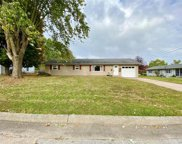 302 Cleo, Perryville image