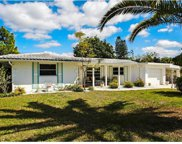 5663 Yorkshire Way, Sarasota image
