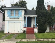 2739 106th Ave., Oakland image