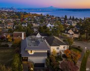 2409 Montavista Place W, Seattle image