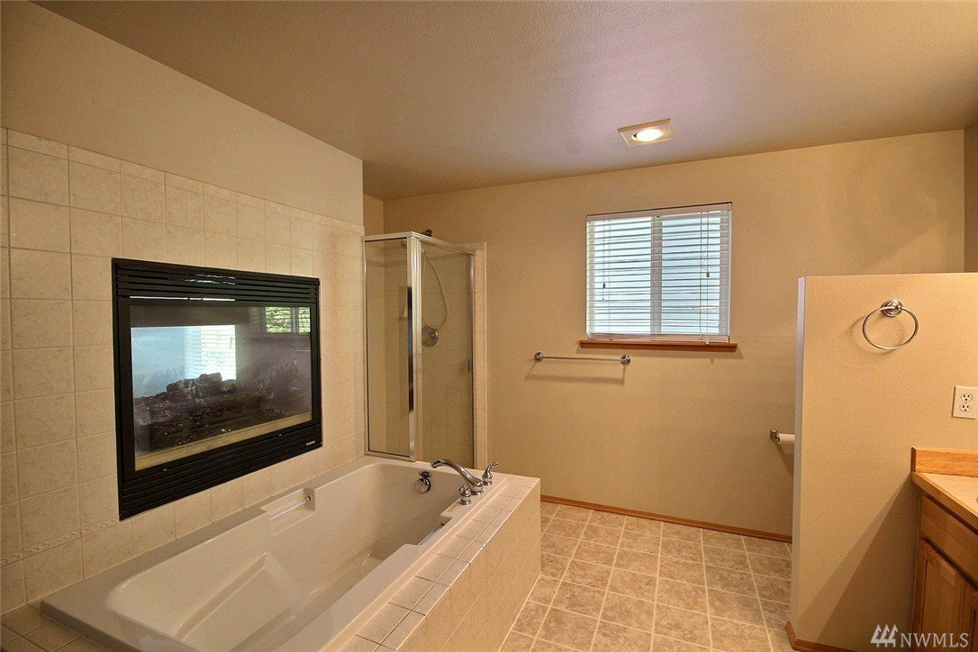 531 s 53rd place renton wa 98055 mls 1111361 for Living room icd 10