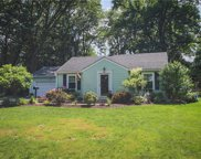 21 Glen Circle, Perinton image