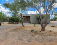 8220 N Placita Sur Oeste, Tucson image