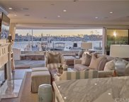 518 Bay Front, Newport Beach image