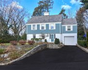 9 Monfort Rd, Port Washington image
