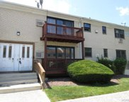 67 West Sneden Place Unit 67, Spring Valley image