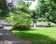 6727 LUCY LANE, McLean image