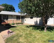 2515 S Cook Rd, Sioux Falls image