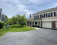 2013 Charter Point Drive, Arlington Heights image