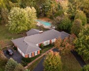 5827 Brittany Woods Cir, Louisville image