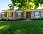 405 Manor View Ln, Brentwood image