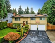 17505 Woodland Dr, Bothell image