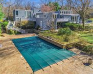 31 Laurel Cove  Road, Oyster Bay Cove image