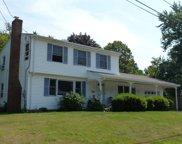 11 Milbern Avenue, Hampton image
