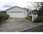 104 ANGELCREST  CT, Roseburg image