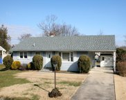 11 Thornton Place, Mount Holly image