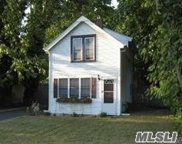 67 Colombia St, Patchogue image